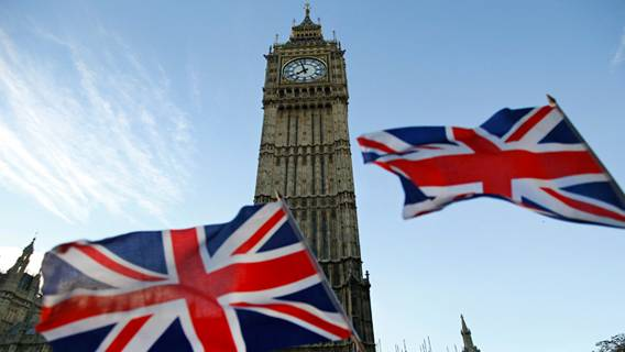 Великобритания переживает крупнейший отток иностранных рабочих со времен Второй мировой войны