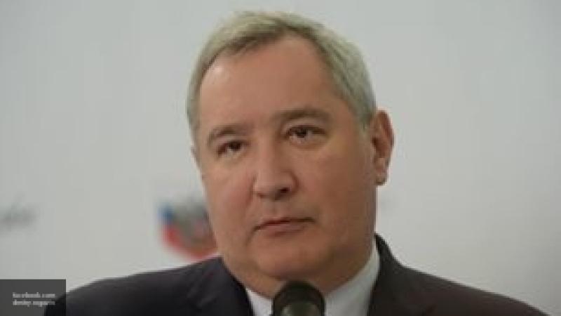 """Вел себя хладнокровно — Рогозин оценил действия экипажа """"Союза"""" во время аварии"""