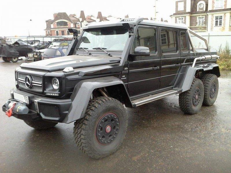 Шестой автомобиль, так же подготовленный для охоты и рыбалки, находится в Москве. 6x6, amg, g63, gelandewagen, mercedes-benz