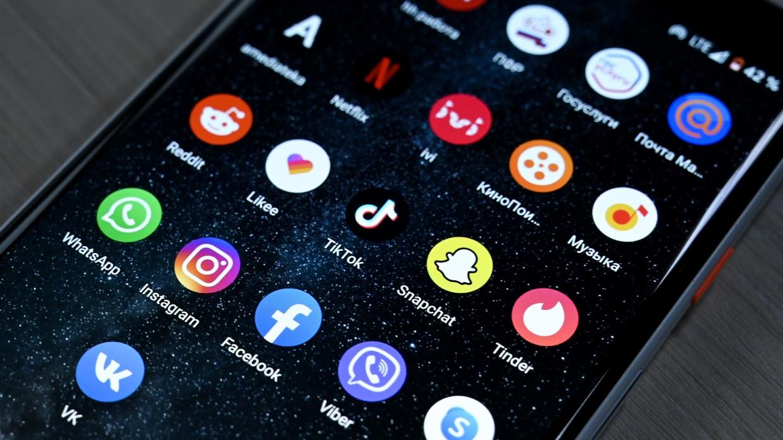 Глава техслужбы Facebook Шрепфер сделал заявление после глобального падения соцсети Технологии