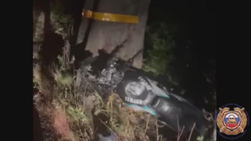 Мотоциклист погиб, врезавшись в дерево под Калининградом Происшествия