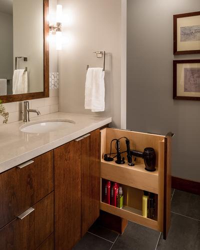 Современный Ванная комната by Sicora Design/Build