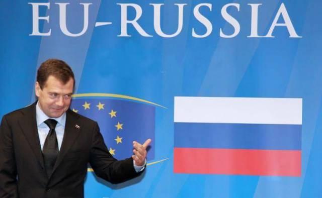 Путин оставил правительство …