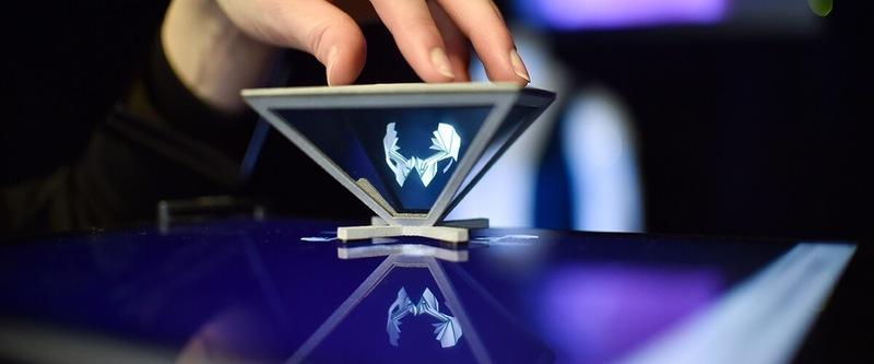 Создана технология для производства невесомых 3D-дисплеев и VR-очков 3d-дисплей