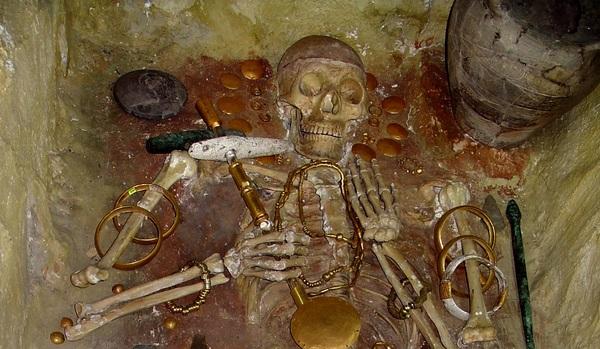 Тайна самого древнего золота мира. Погребение V-го тысячелетия до н.э.