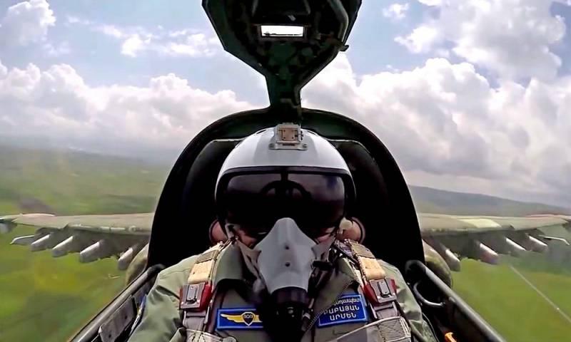 России теперь нельзя молчать: Турецкий истребитель уничтожил армянский Су-25 Новости