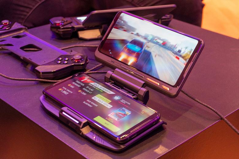 Asus представила игровой смартфон ROG Phone 2 для Европы, включая улучшенную версию Ultimate