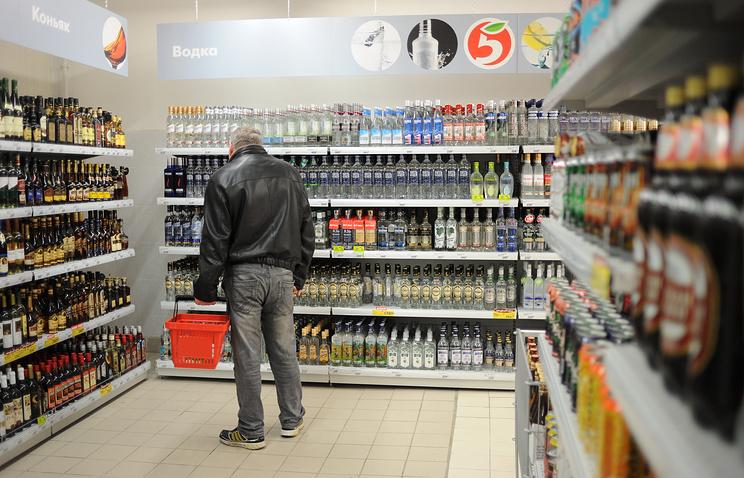 Минздрав РФ готовится запретить продажу алкоголя в выходные