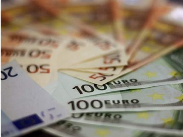 Валютные резервы банков упал…