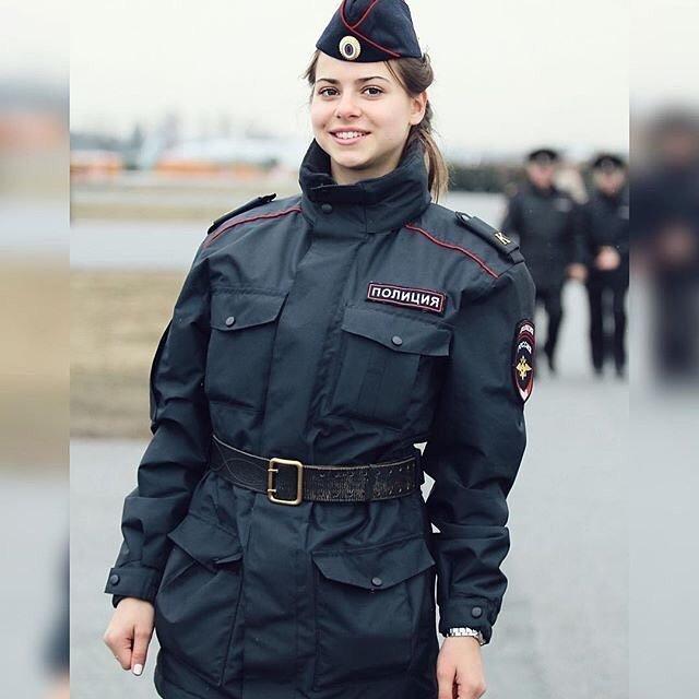 Фото с подготовки к параду девушки, девушки в форме, когда идёт форму, пост о девушках, униформа, форма