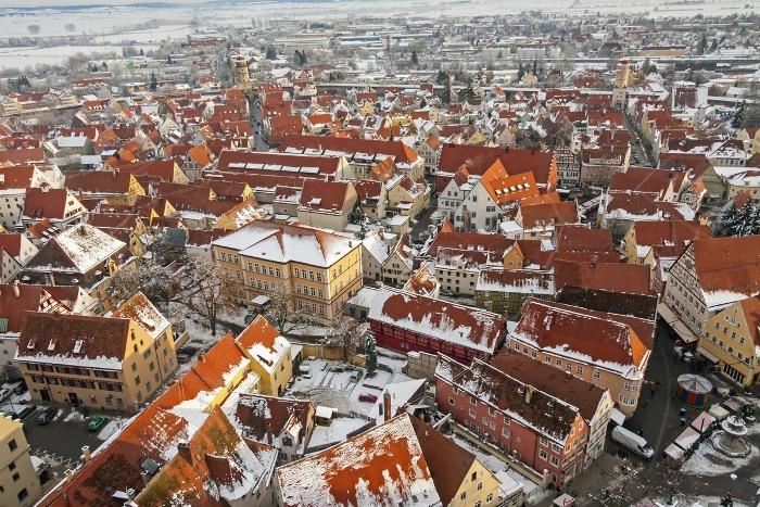 Нёрдлинген: уютный немецкий городок, построенный в метеоритном кратере