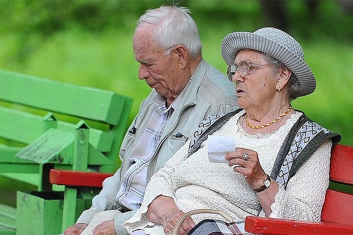 СМИ: Потери граждан от досрочной смены пенсионного фонда выросли до 55 млрд рублей в 2017 году