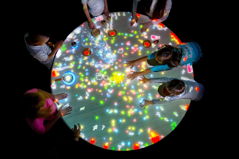 Музей цифрового искусства в Токио