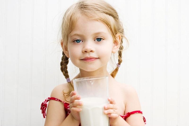 молоко с мёдом польза