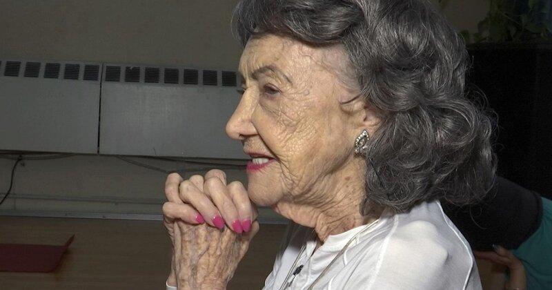 100-летняя гуру йоги поделилась секретами счастливой и здоровой жизни