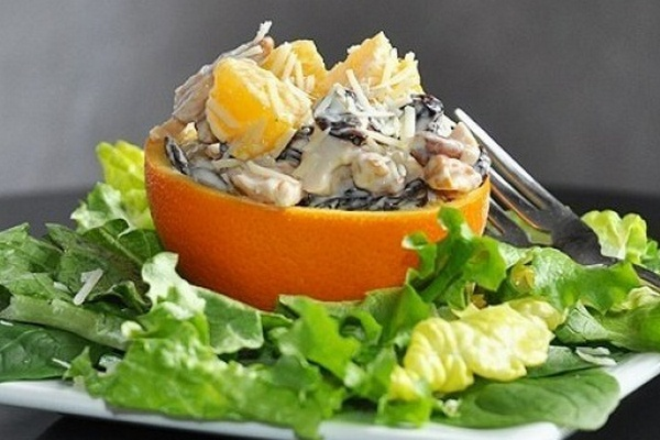 Салат с апельсинами, сыром и…