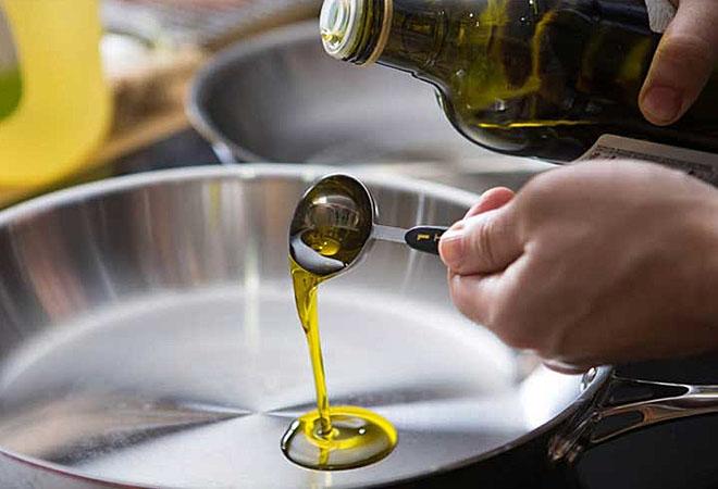 Можно ли готовить на оливковом масле