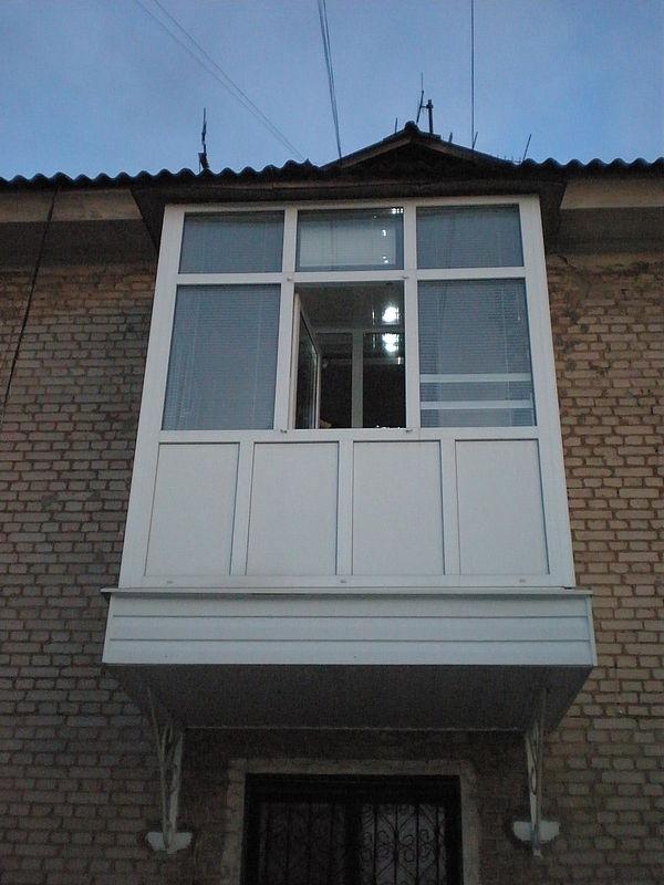 Балкон квартира, дом, дача.