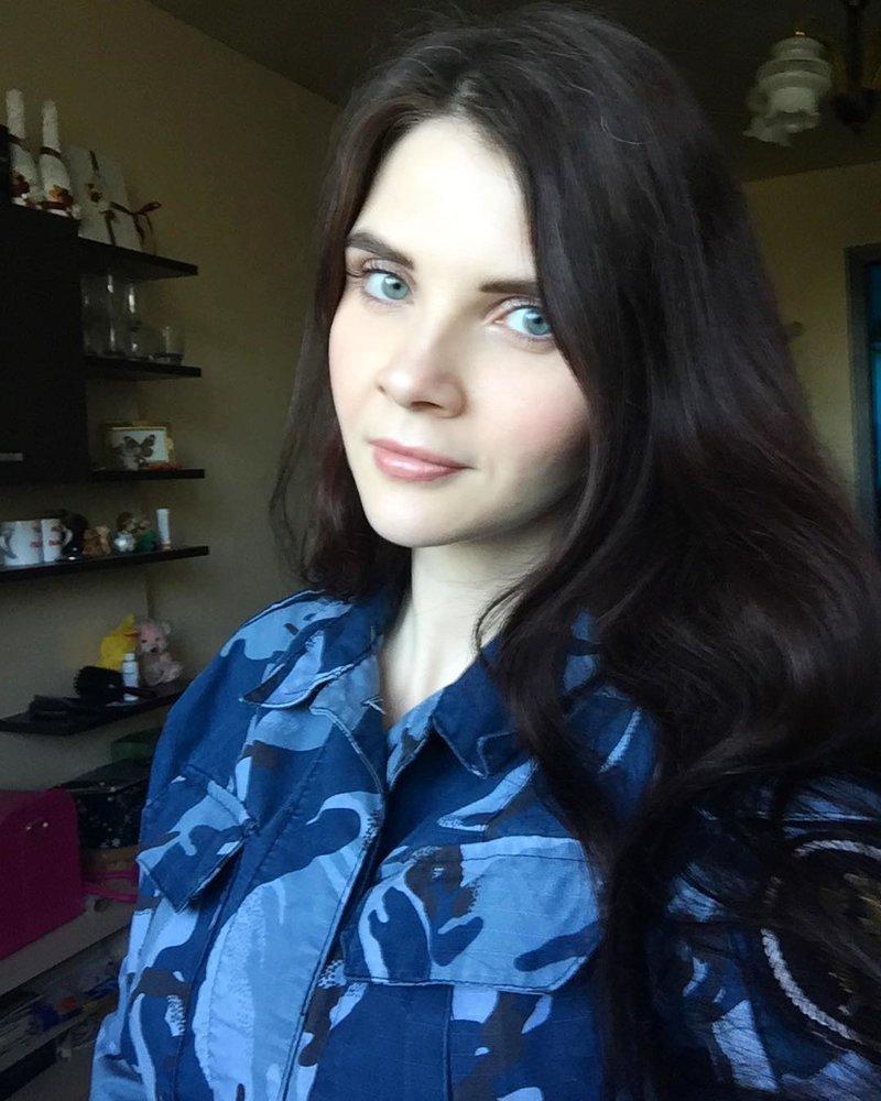 Кто сказал, что камуфляжная расцветка не идёт девушкам?.. даже если она синяя девушки, девушки в форме, когда идёт форму, пост о девушках, униформа, форма