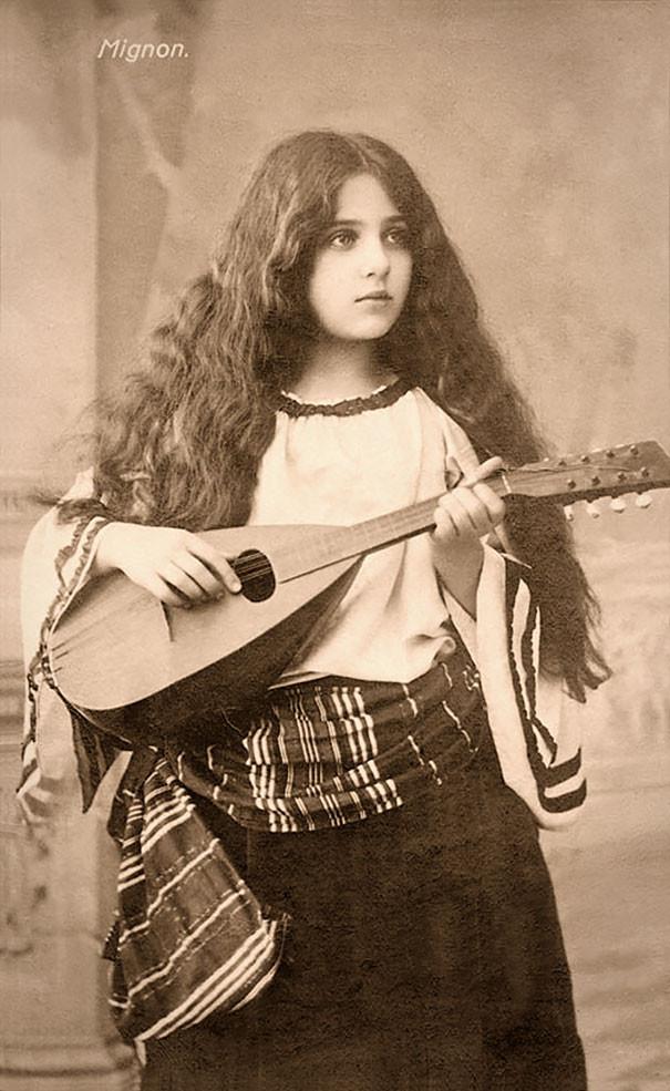 Цыганка с мандолиной винтаж, женщины, красота, открытки, фото