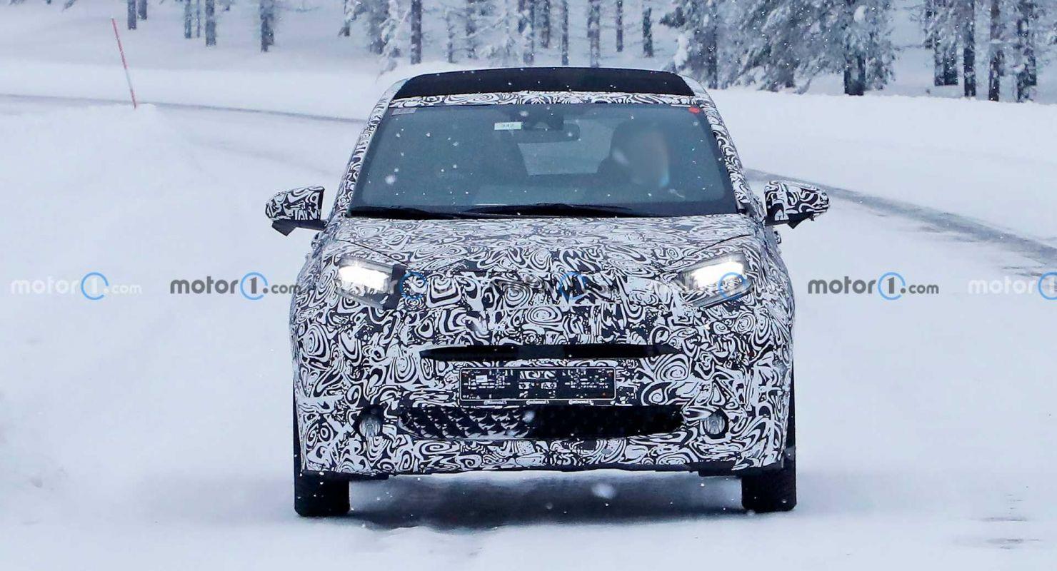 Новая Toyota Aygo была замечена во время тестов Автомобили