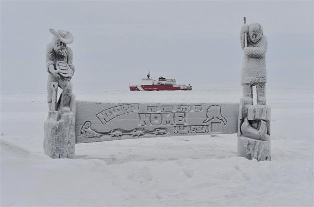 Мужчина на Аляске застрял в снежном заносе и 3 дня выживал на 3 банках пива