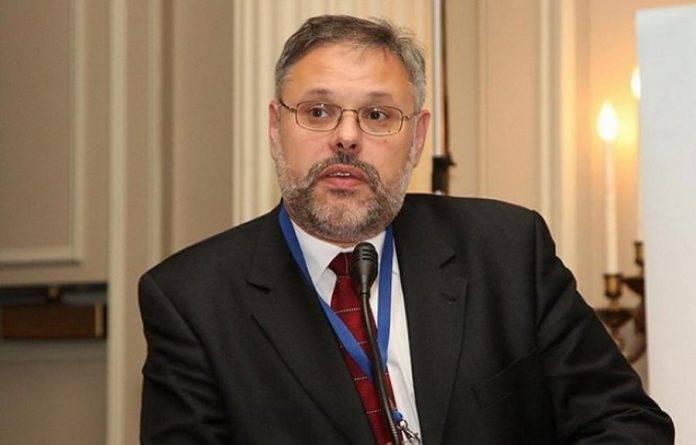 Михаил Хазин: Народ мешает правительству России