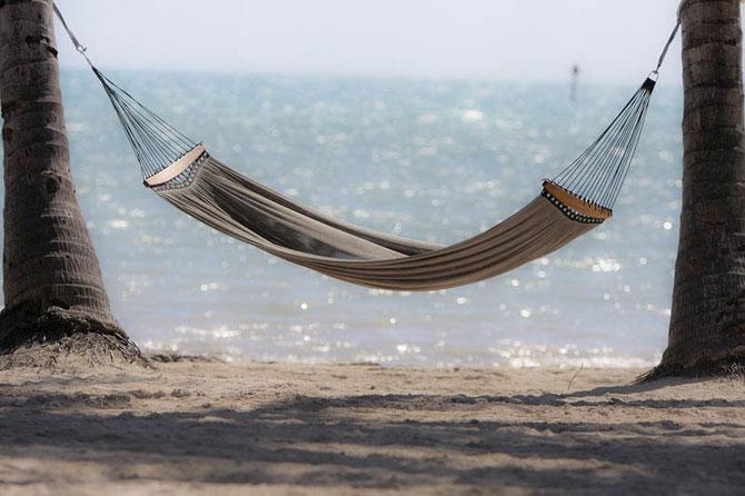 25 идеальных мест для того, чтобы полежать в гамаке