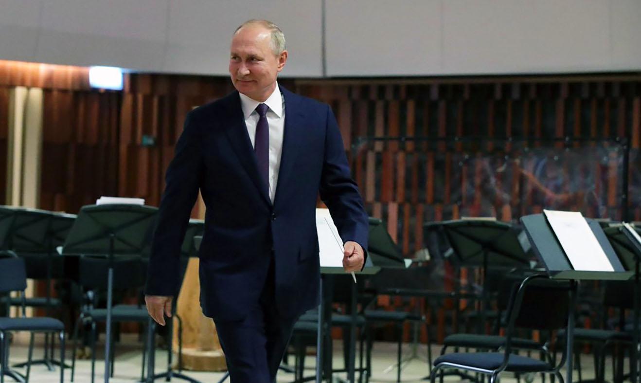 """Секретный доклад ЦРУ"": Путин лично назначает Трампа геополитика"