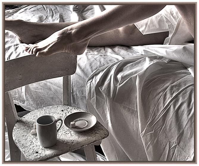 Чернобелое фото секса в коммуналке