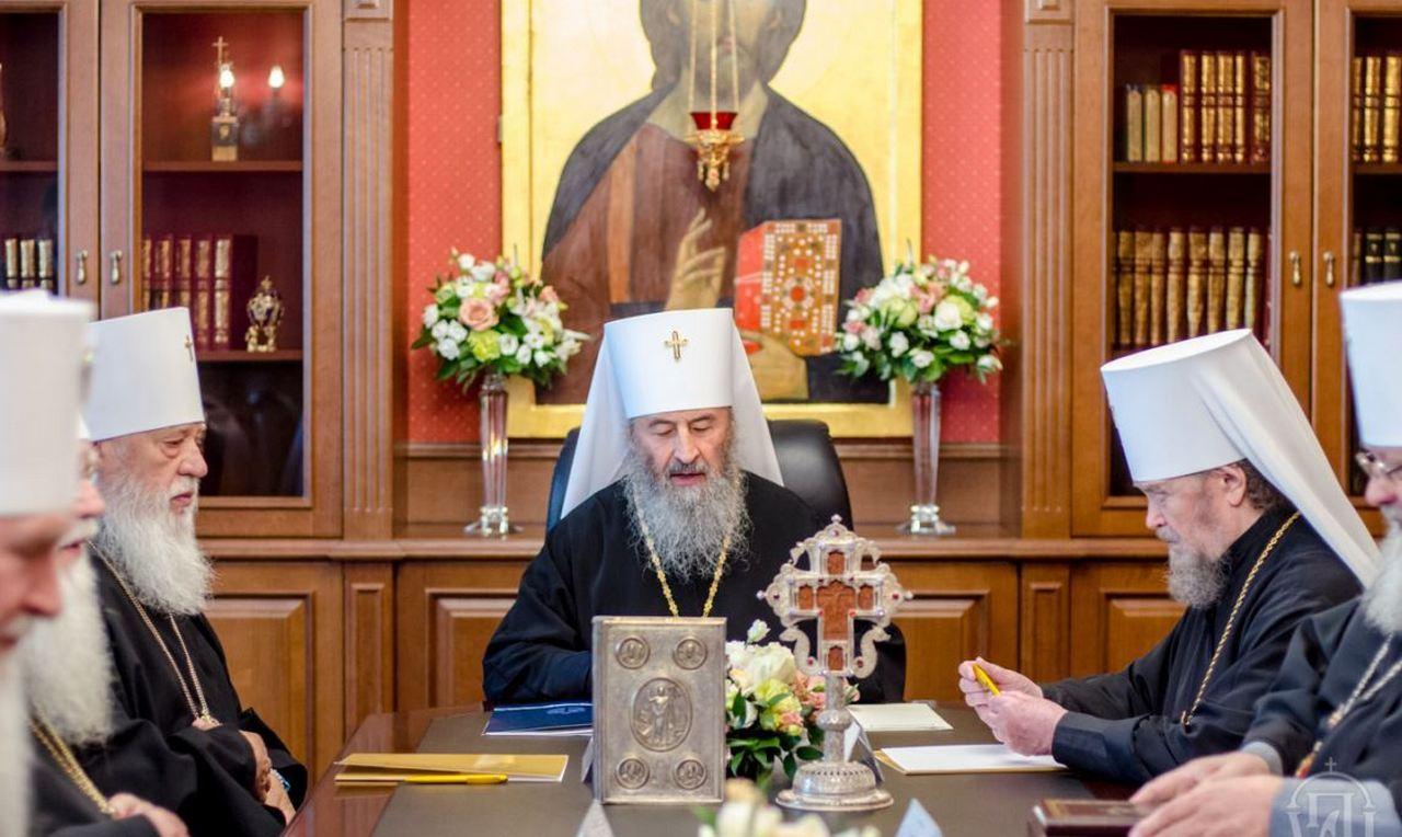 Синод УПЦ не оставил режиму надежд на законность «украинской автокефалии»