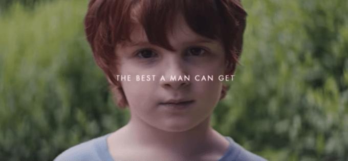Рекламный ролик Gillette бросил вызов маскулинности и призвал мужчин менятьсяе