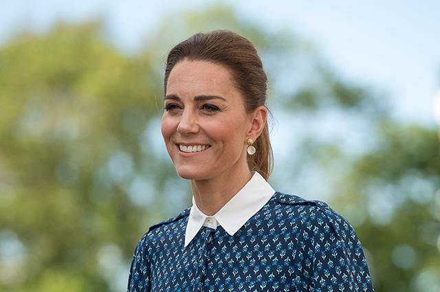 Кейт Миддлтон и принц Уильям нанесли визит в больницу королевы Елизаветы в Кингс-Линне