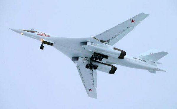 Ту-160: Вместо ракет — стюардессы, вместо бомб — пассажиры