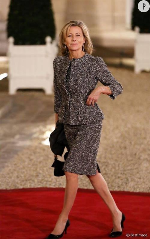 Француженка Клэр Шезаль в костюме