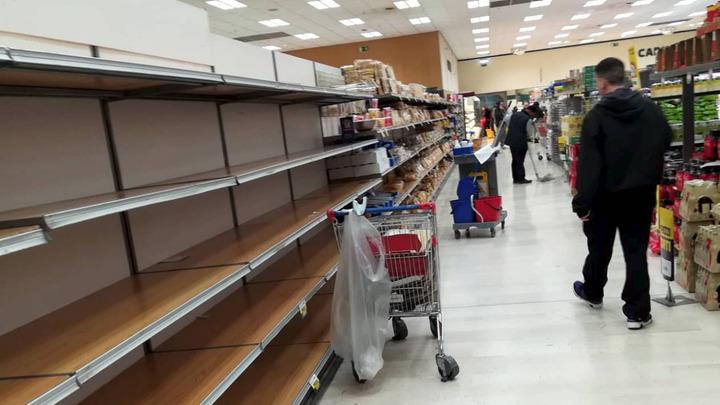 Секретный доклад для премьер-министра: Из-за коронавируса начались массовые грабежи магазинов и аптек