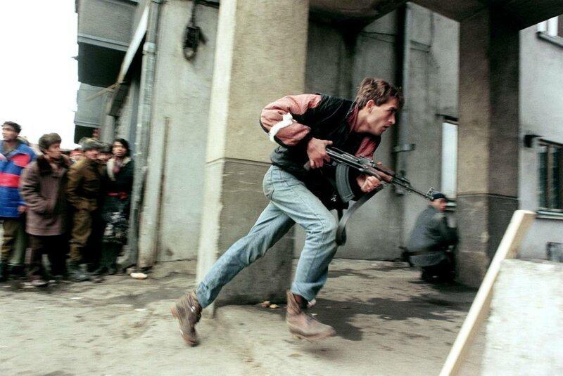 """Боевые действия во время румынской """"революции"""" в центре Бухареста, 24 декабря 1989 года"""