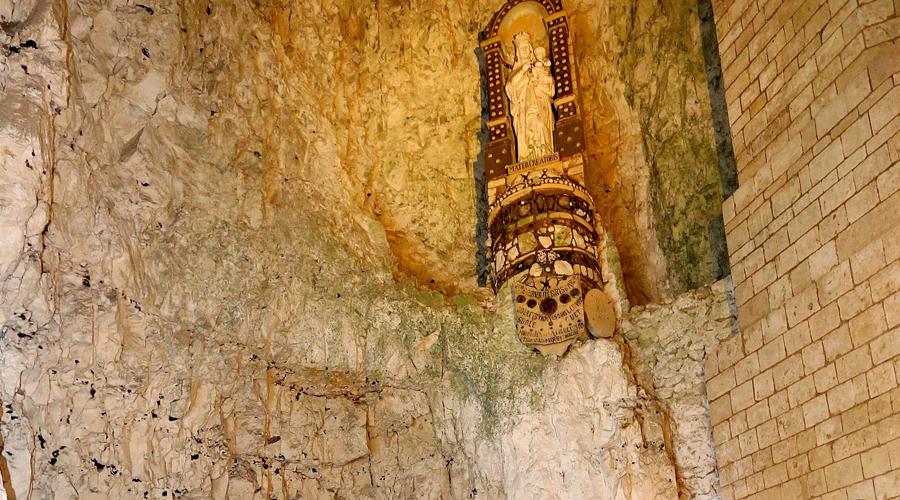 8 древних городов, которые выкопали под землей война,Китай,Петра,подземелье,подземный город,Пространство,убежище