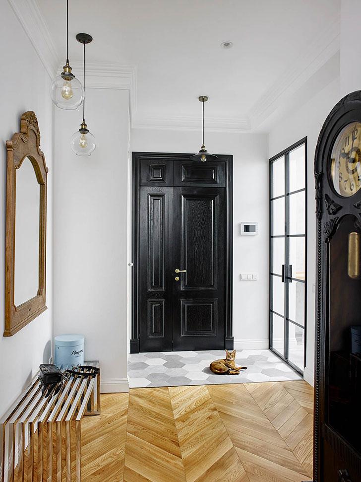 Парижский стиль, нотки Скандинавии и немного экзотики: квартира в Москве