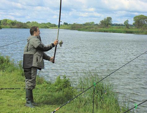 15.  Поплавок,Фидер или донка, другие виды рыбалки.
