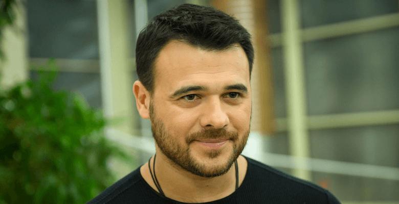 Эмин Агаларов ждет публичных…