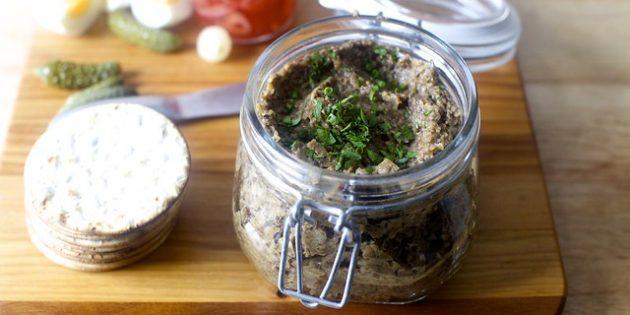 �кра из грибов-опят с чесноком и помидорами