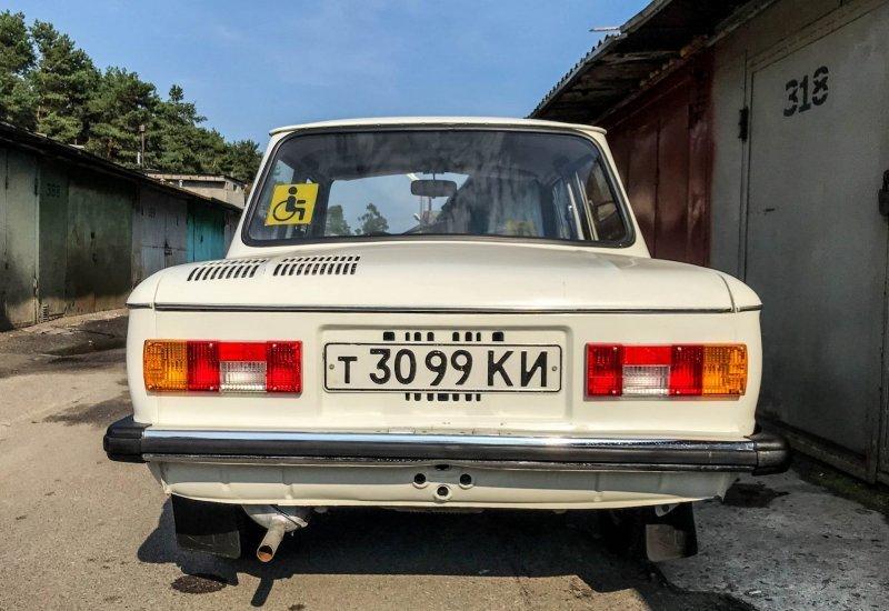 Номера старого образца всегда придают особый шарм подобным раритетам ЗАЗ 968, авто, автомобили, заз, запорожец, капсула времени, ретро авто, янгтаймер