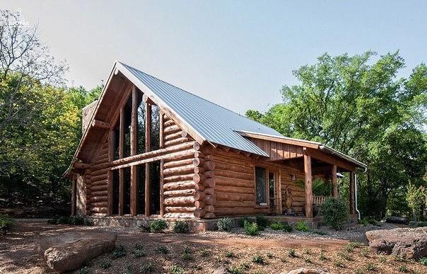 Деревянный дом в диком стиле