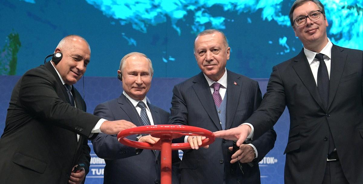В «Газпроме» всех – в отставку! Теперь уже и с Турцией