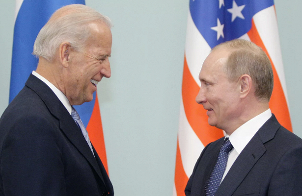 Белый дом: информации о возможном разговоре Байдена с Путиным пока нет