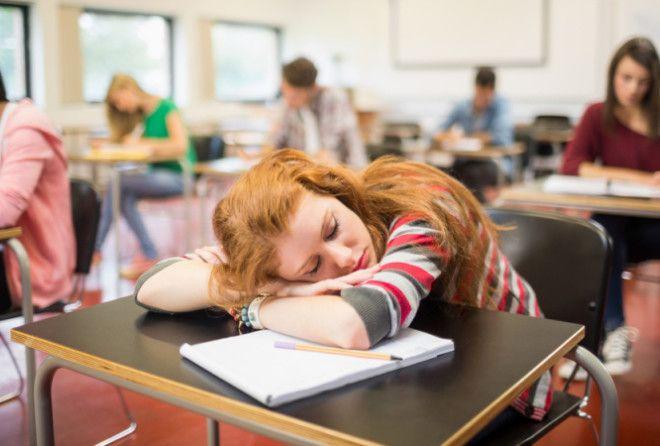 5 мифов о сне, в которые пор…