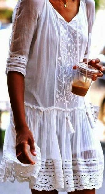 В белом платье — вся жизнь в розовом цвете! Подборка нежных летних нарядов цвета чистоты