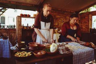 Опоссумы и яблоки под заварным кремом. Реконструкция популярных блюд XIX в.