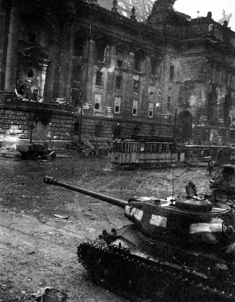 Броня для «Иосифа Сталина». Расцвет советского тяжелого танкостроения оружие